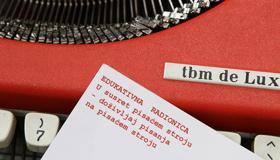 Edukativna radionica: U susret pisaćem stroju – doživljaj pisanja na pisaćem stroju